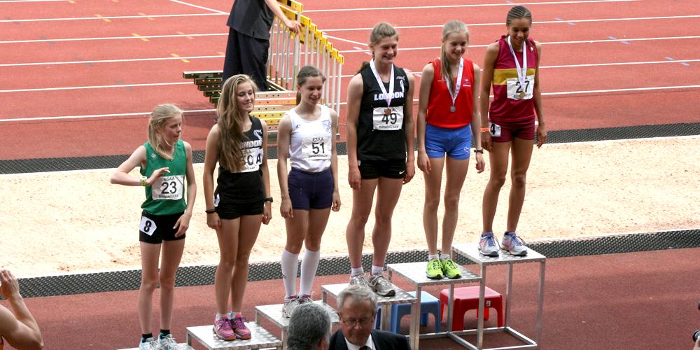 podium_girls